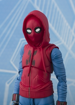 S.H. Figuarts SPIDER-MAN HOMECOMING (Home Made Suit ver.) & Tamashii Option Act Wall