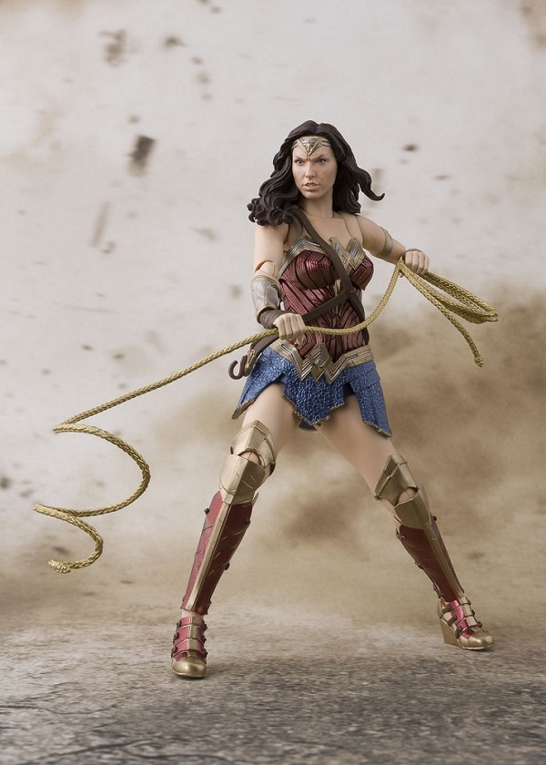 S.H. Figuarts Justice League WONDER WOMAN
