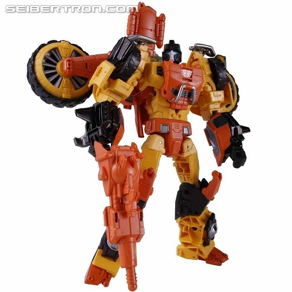 Takara Tomy Generations - Voyager Class SANDSTORM