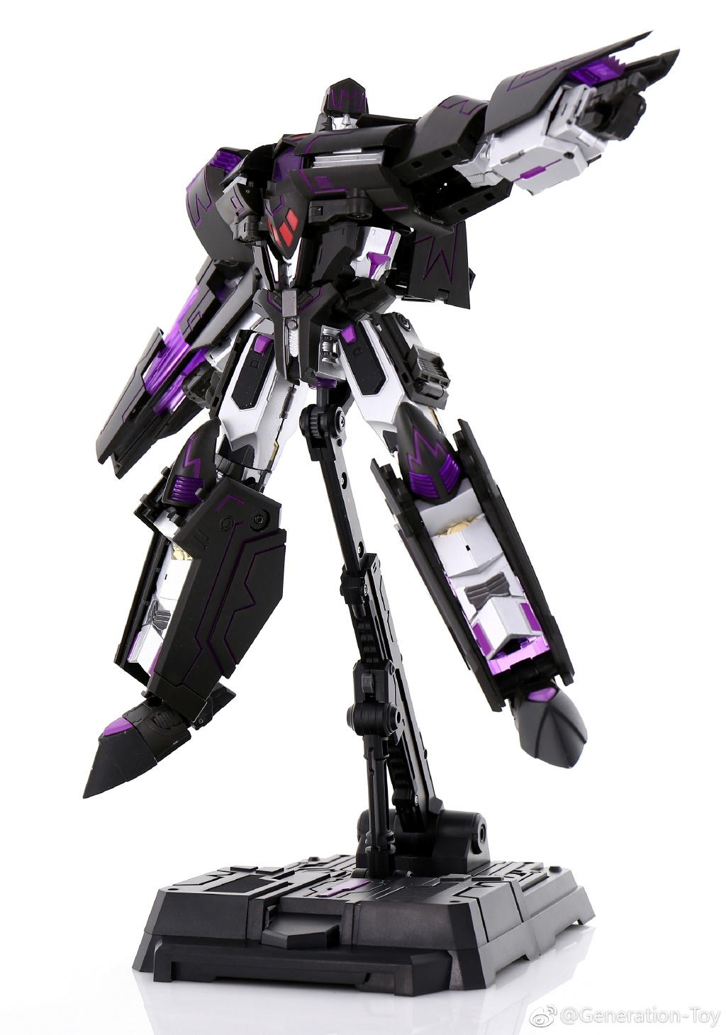 Generation Toy GT-2 RE TYRANT