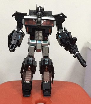 Generation Toy GT-03 LEADER OP EX (Black)