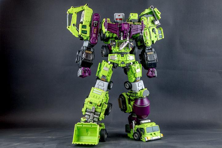 Transformers Generation Toy GT-1 Gravity Builder Devastator GT-1A Scraper NEW