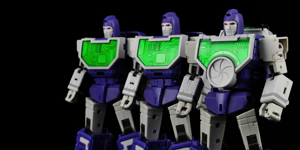 Transformers Maketoys MTRM-07 Visualizers Reflector in Stock