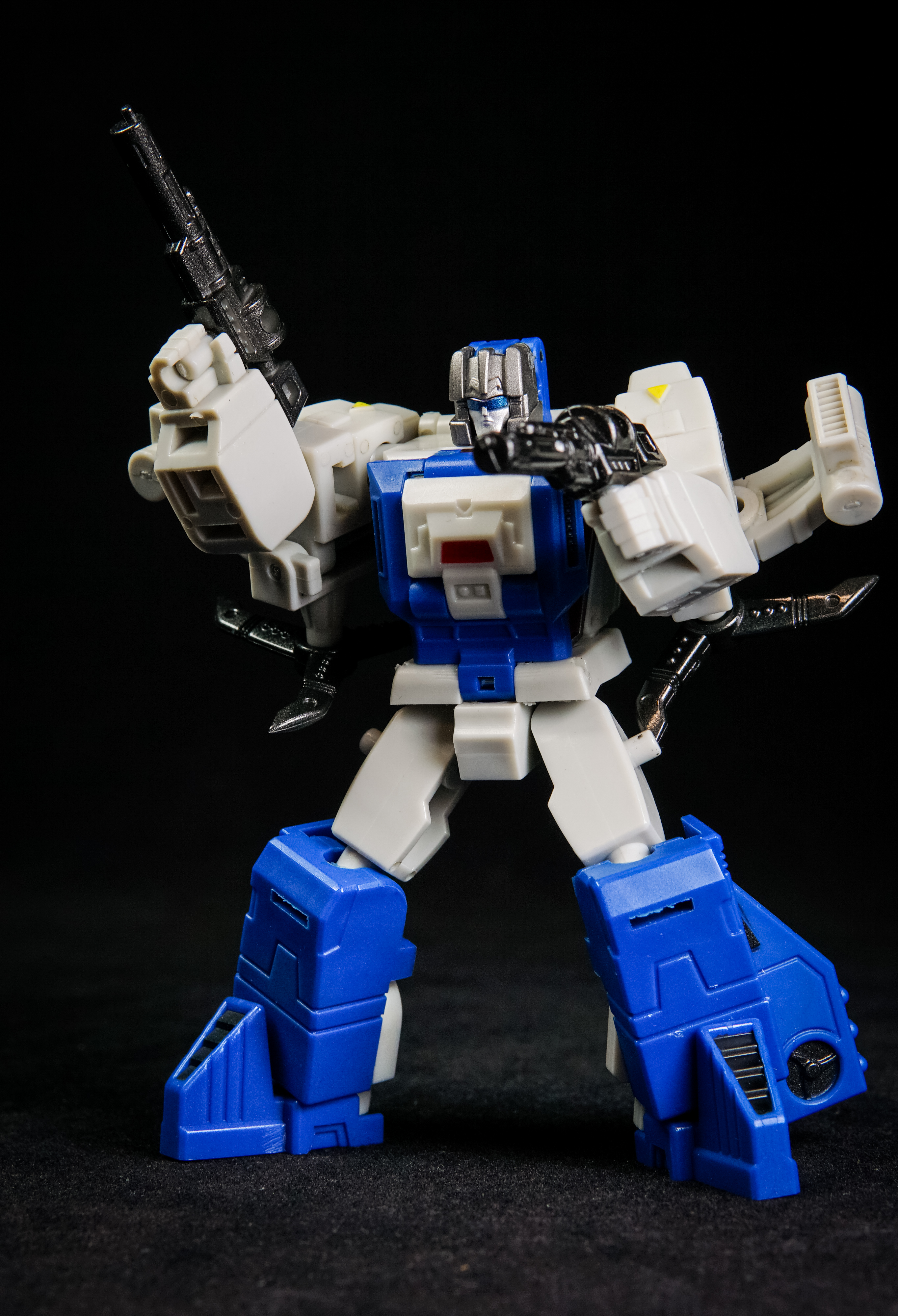 IN STOCK Transformable UT YM-04 NO MINDS /& UN HAPPY Headmasters