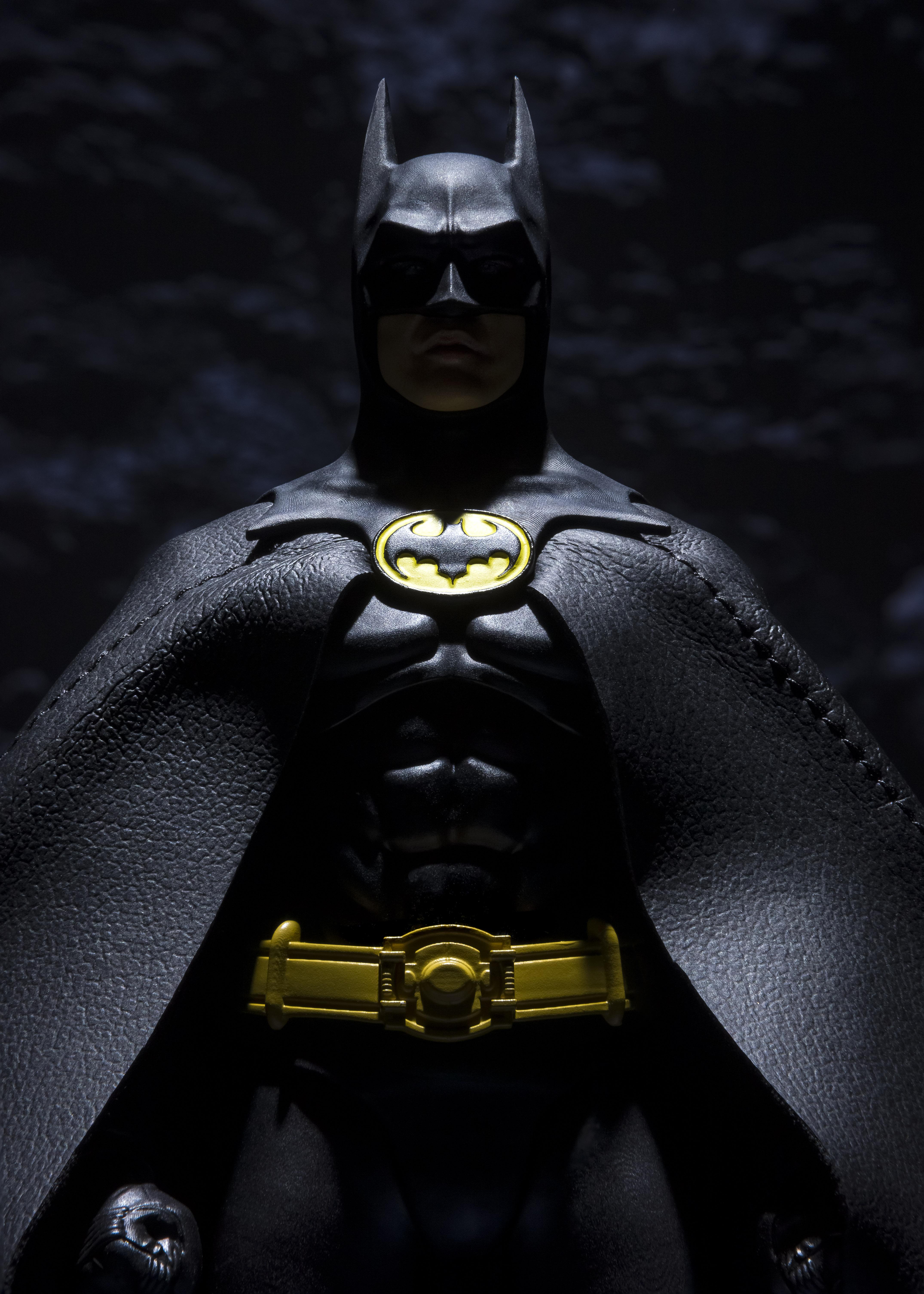 S H Figuarts Batman 1989