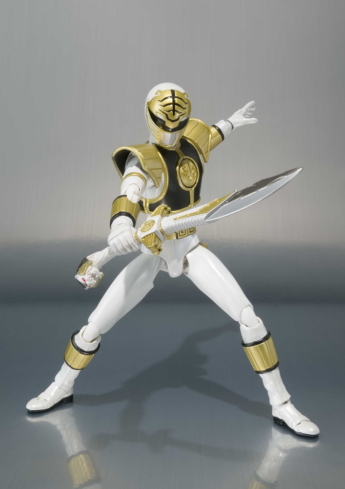 S H Figuarts Mighty Morphin Power Rangers White Ranger