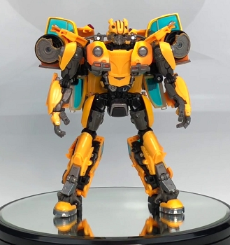 Hasbro MasterPiece Movie Series MPM-7 BUMBLEBEE (Volkswagen Bug)