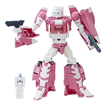 Hasbro Titans Return ARCEE with LEINAD and ULTRA MAGNUS