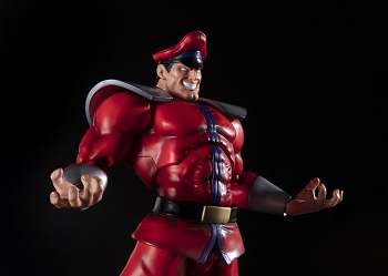 S.H. Figuarts Street Fighter M. BISON
