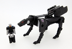 Takara Tomy Legends - Legend LG-37 JAGUAR & BLUE HORN