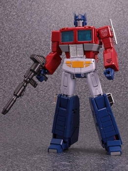 Takara Tomy - Masterpiece MP-44 CONVOY / OPTIMUS PRIME Version 3.0