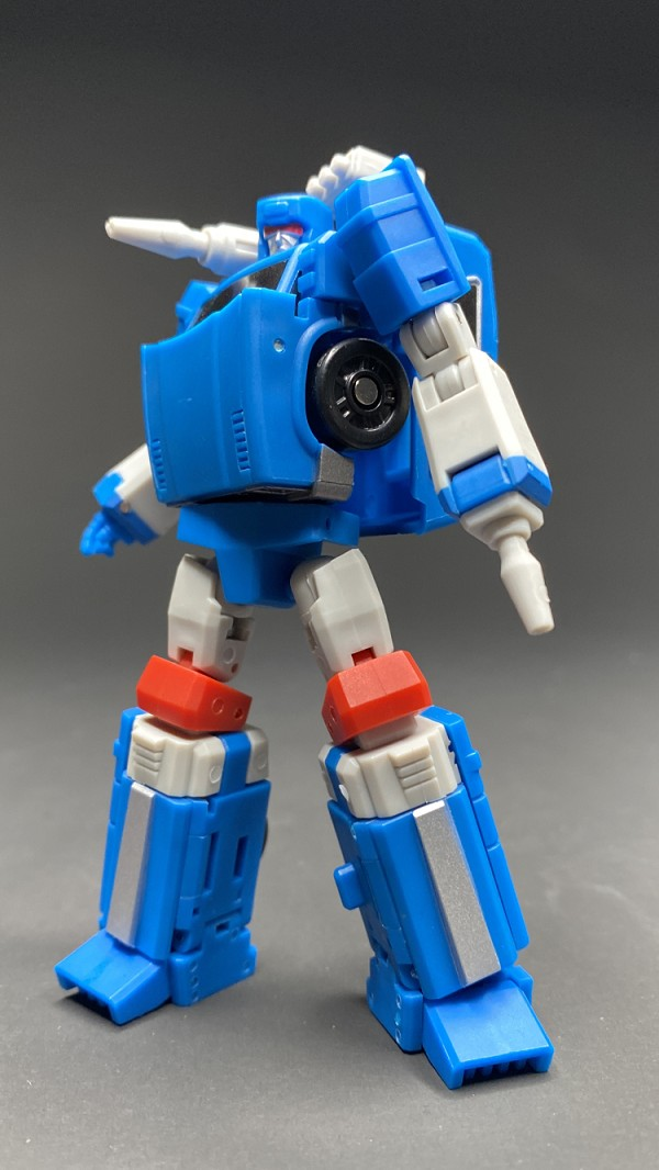 Magic Square Toys B09Y Trailblazer (Blue Version)