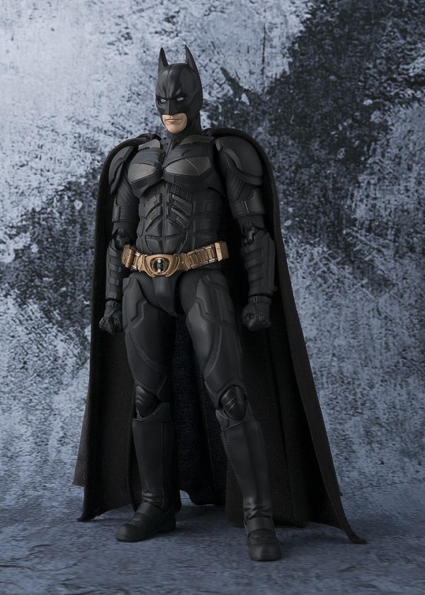 S.H. Figuarts BATMAN The Dark Knight
