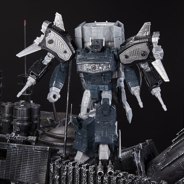 Transformers Generations Select LEADER GALACTIC MAN SHOCKWAVE
