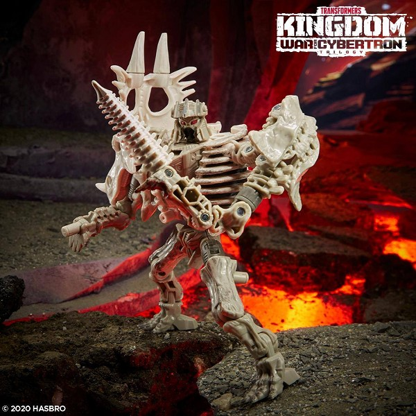 Transformers: Kingdom Deluxe Class RACTONITE